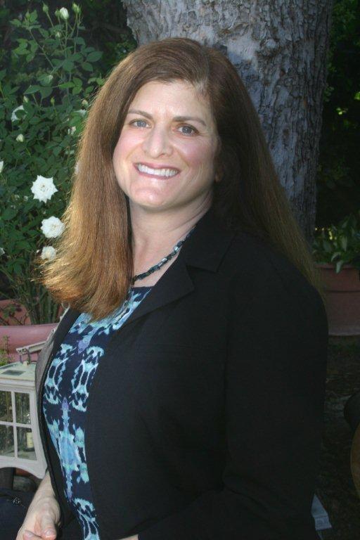 Liz D'Aloia